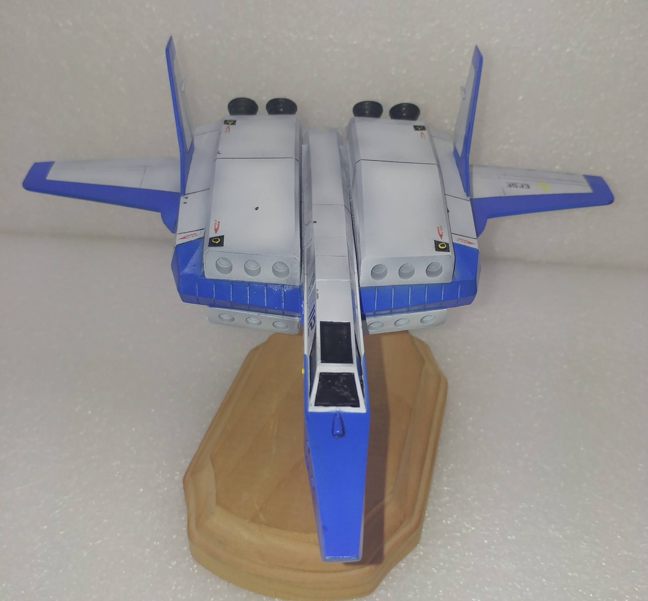 1/100 Sabrefish Space Fighter